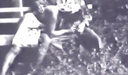 Mustat Gonzo-Nännit vietellä pillu videot hänet.
