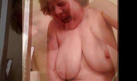 Kivat alaston pillu tissit.