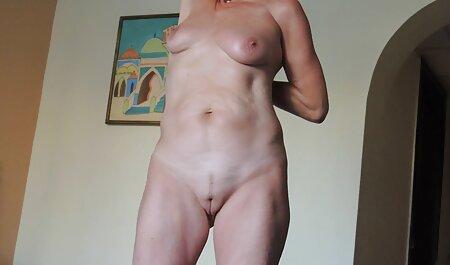 Antaudu emättimeen karva porno ensimmäisenä päivänä.