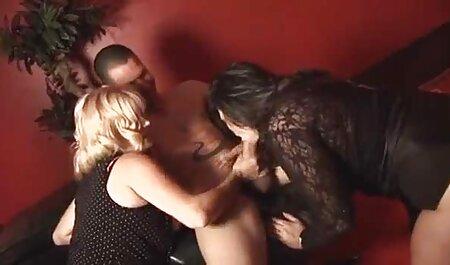 Musta kotirouva porno perseessä, Romaniasta.
