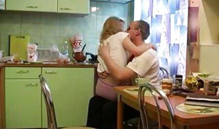 Diana Prince syö miehensä ystäviä. pullukka pillu
