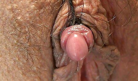 Pihalla on vaikea vanha nainen sex harrastaa seksiä.