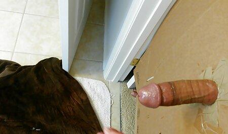 Kuvattiin seksiä kameran karvaisia pilluja edessä.